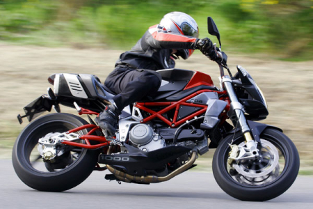 Modifikasi Motor Ducati